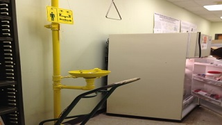 Atlanta Truck Center >> Emergency Showers & Eyewashes | Environmental Health & Safety